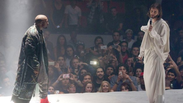 Kanye-West-at-Yeezus-gig-talking-to-Jesus-Christ